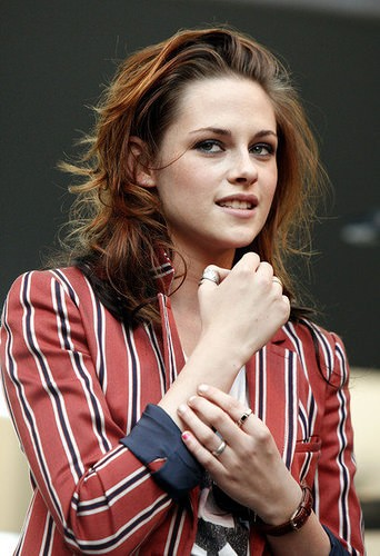 Kristen Stewart with dyed hair