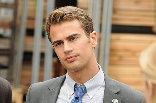 Awesome Reasons to Love Theo James