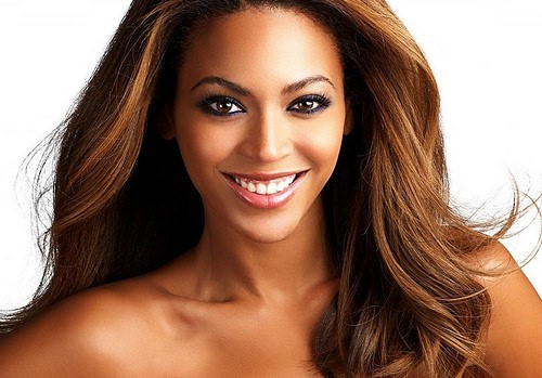 Beyoncé with dyed hair