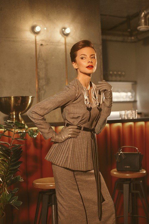 True Soviet Chic Performed by Anna Yakovenko