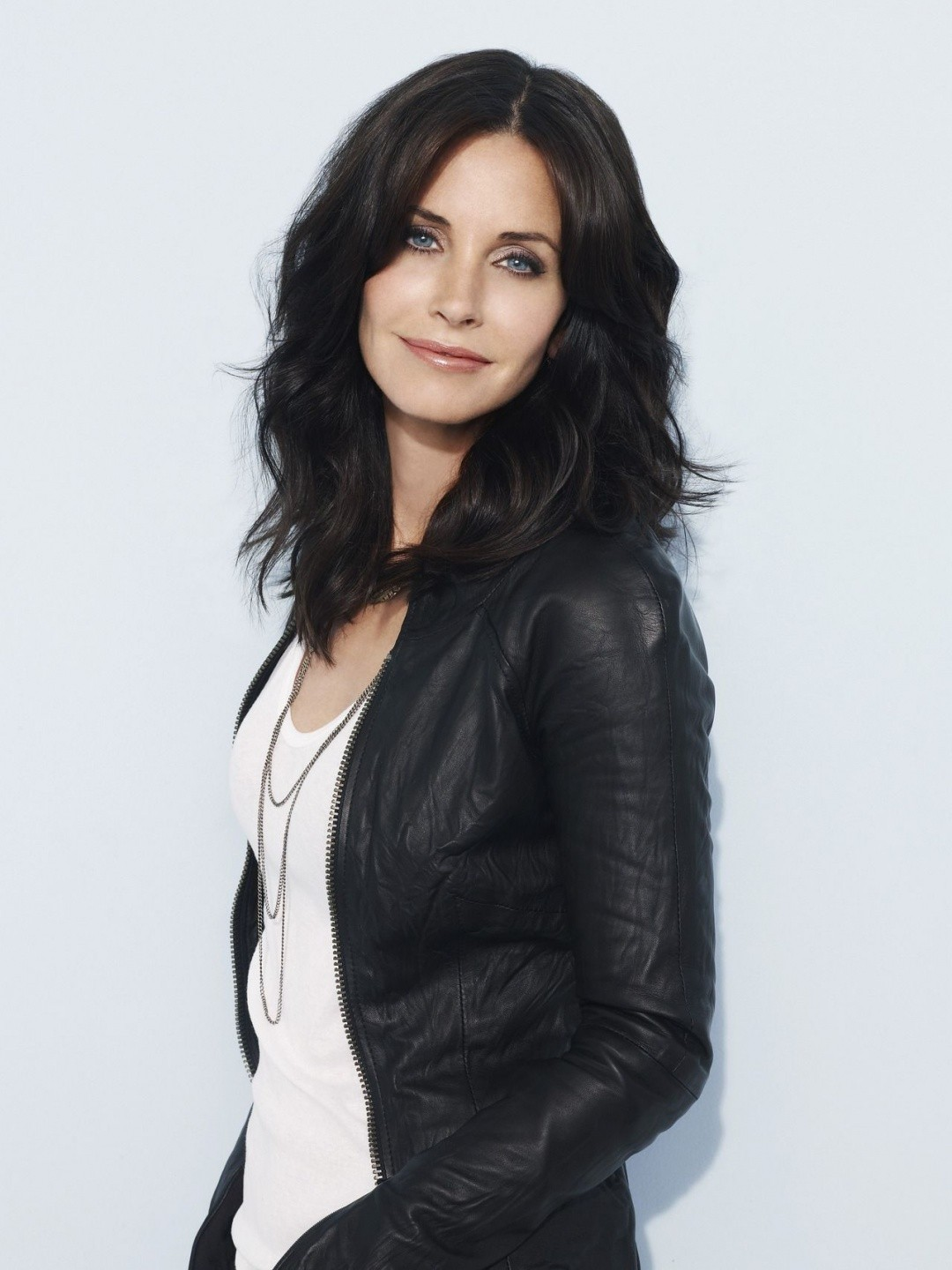 Courtney Cox 10 Celebrities with the Extremely Gross Hygiene Practices