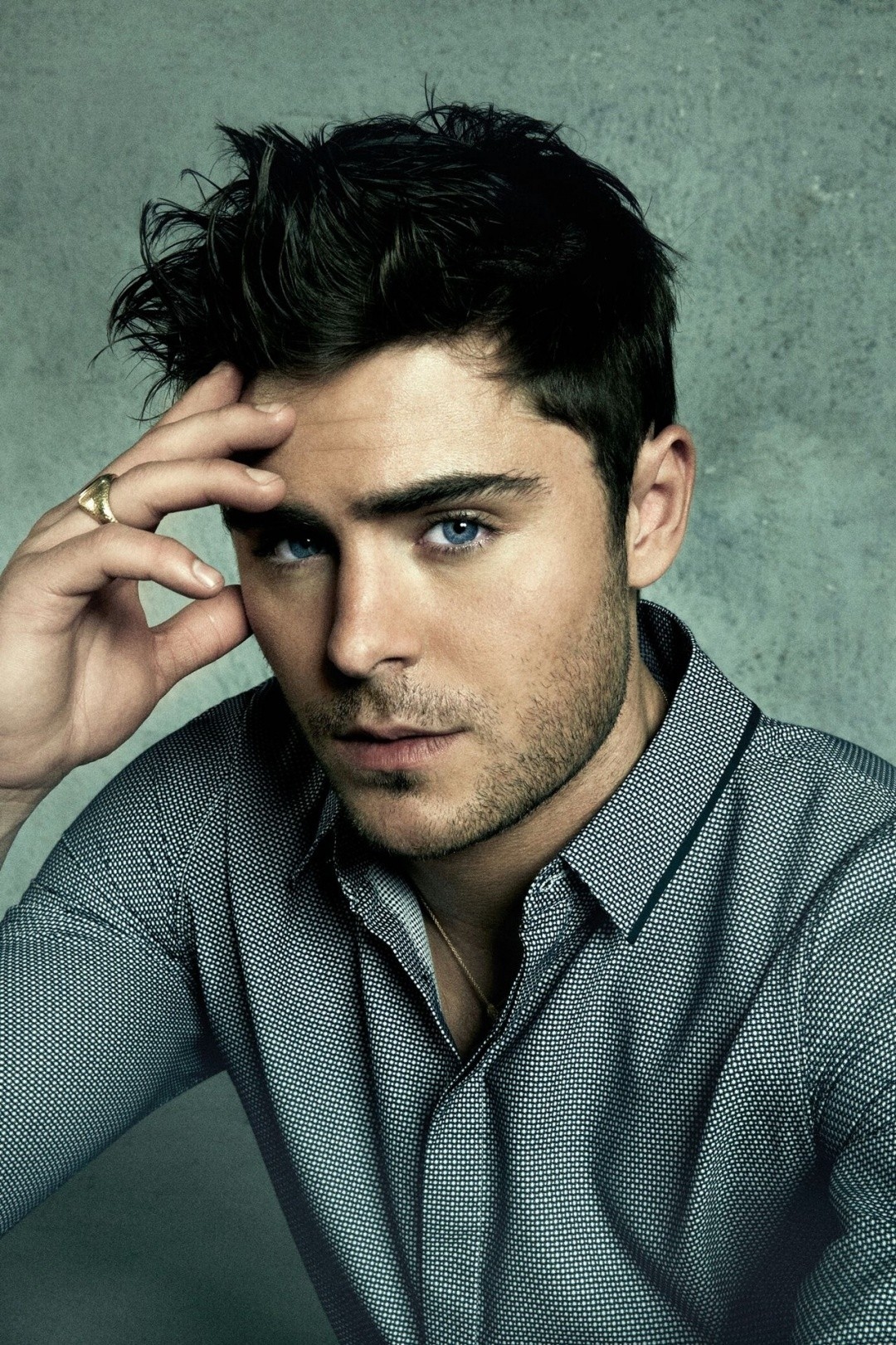 Zac Effron 10 Celebrities with the Extremely Gross Hygiene Practices